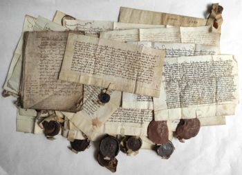 Herzogenaurach Mittelalter Pergament Urkunden Wachssiegel Archiv Mittelmesse Frühmesse Überlieferung Konvolut
