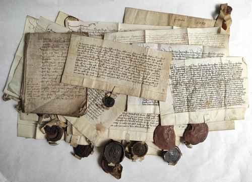 Herzogenaurach Mittelalter Pergament Urkunden Wachssiegel Archiv Mittelmesse Frühmesse Überlieferung